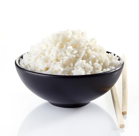 白い背景に煮丼