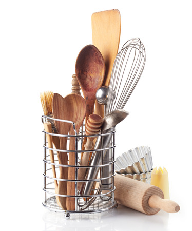 utensili da cucina su uno sfondo bianco