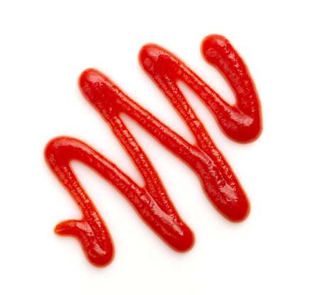 salsa de tomate: salsa de tomate o salsa de tomate en un fondo blanco
