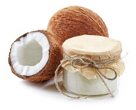 noix de coco: l'huile de coco et de noix de coco fra�ches isol� sur blanc Banque d'images