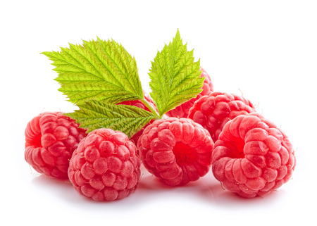 fresh organic raspberries isolated on white background Imagens
