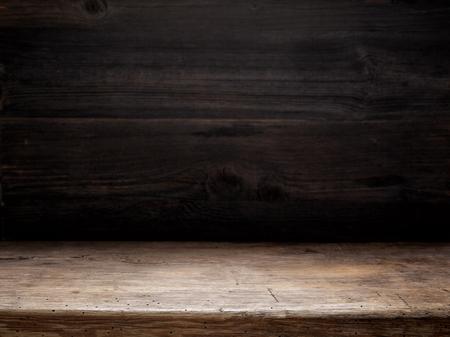 tavolo in legno e parete in legno scuro, sfondo di cottura Archivio Fotografico