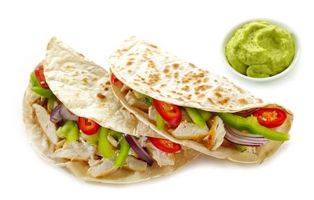 Mexikanisches Essen Tacos isoliert auf weißem Hintergrund Standard-Bild - 65197061