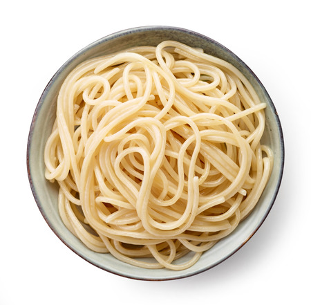 Bowl of spaghetti isolated on white background, top view Stockfoto