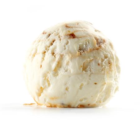 gelato isolato su sfondo bianco