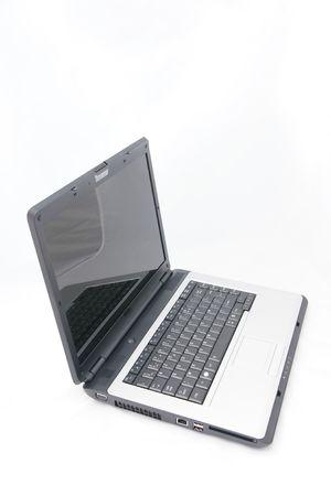 ordinateur: petit ordinateur portable,