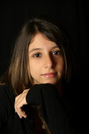 ojos marrones: adolescentes se enfrentan, retrato, peinado, ojos, piel, belleza, negro, rom�ntico, ojos marrones, Foto de archivo
