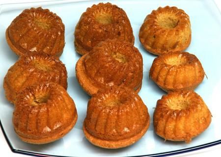 gula: tortas, bizcochos, canela, babas au rhum, gula, los alimentos grasos, la tapicer�a, Foto de archivo