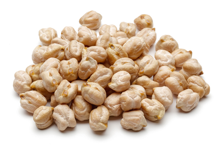 Dried chickpea beans isolated on white background 스톡 콘텐츠