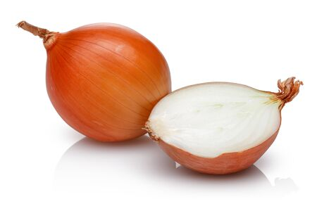 Half and whole onion isolated on white background 版權商用圖片 - 138322402