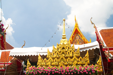 overhaul: Magnificent temples overhaul