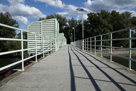 Front view of a bridge