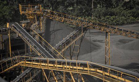 Conveyor belt mine line rock transport Standard-Bild