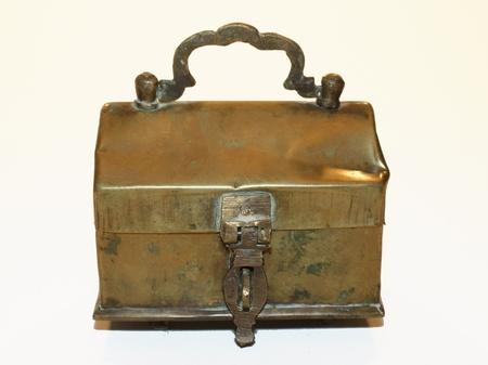 Antique chest of kobber