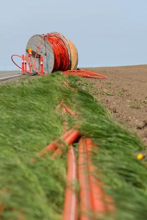 fibra �ptica: Conexi�n de las zonas rurales a la red
