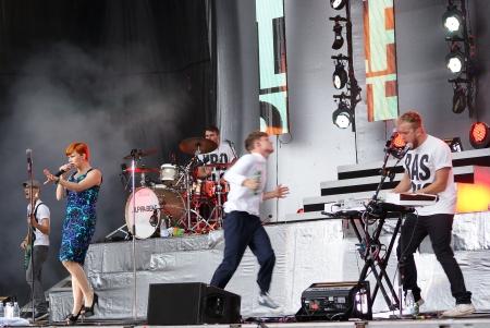 sg: Alphabeat, Live at Hammershus (Denmark), 22nd of July 2011