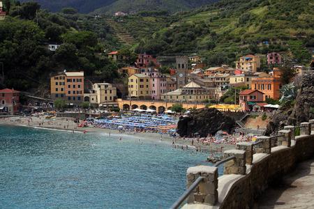 monterosso: Walking path to Monterosso