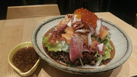 sashimi: Sashimi salad