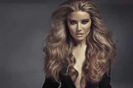 官能的な金髪の女性の肖像画 写真素材