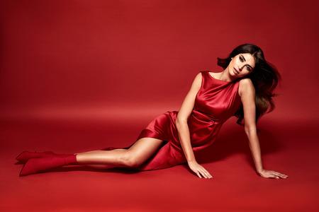 Vogue-stijlportret van een sensuele vrouw Stockfoto