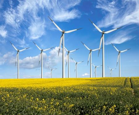 Economie d'énergie, les éoliennes Banque d'images