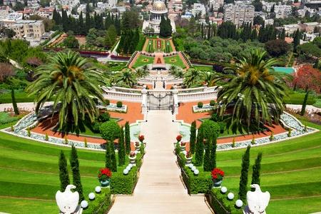 하이파 이스라엘의 Bahai 정원의 아름다운 그림