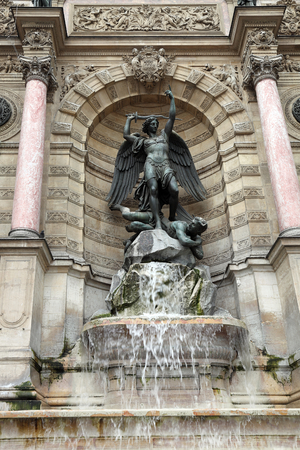 fontaine: Paris,Fontaine Saint-Michel