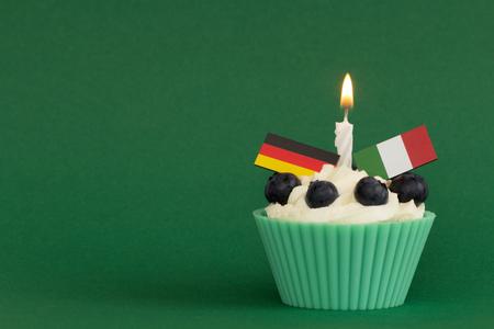 bougie coeur: Défi cupcake contre l'Allemagne en Italie