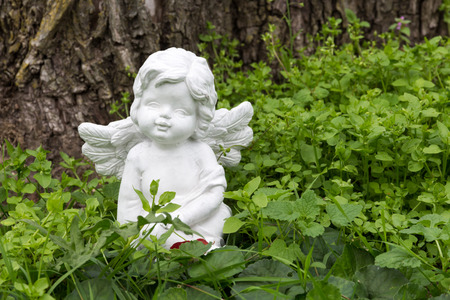angel in the green