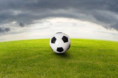 Soccer ball on grass 写真素材 - 138834999