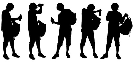 ni�o con mochila: Vector silhouette of a man with a backpack on white background.