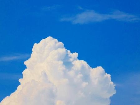 cumulonimbus: Cumulonimbus convective cloud indicating storm formation through low pressure system in unstable atmosphere during summer Stock Photo