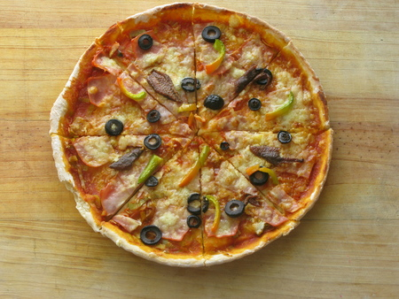 Olives, anchovies and peppers Pizza