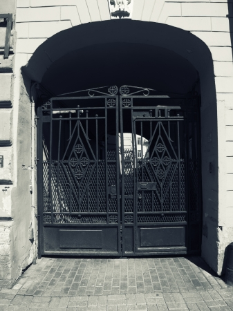 Gate in the city Stock Photo - 22141532