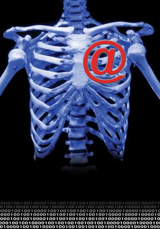 edv: uno scheletro con il simbolo @ in un campo scuro per internet