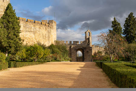 Tomar, Portugal: 8 December 2020:  the historic Convent of Christ in the city of Tomar in Portugal 新闻类图片