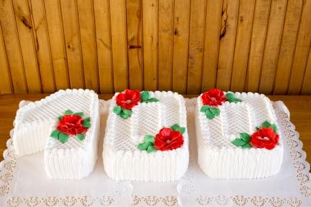 centenarian: Pastel de crema de la fiesta de cumplea�os pastel de Cien a�os