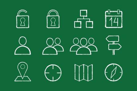 sketched icons: La mano bosquej� iconos de internet para sus dise�os y presentaciones