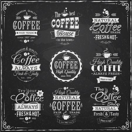 set van koffie etiketten op krijtbord vectorillustratie eps10