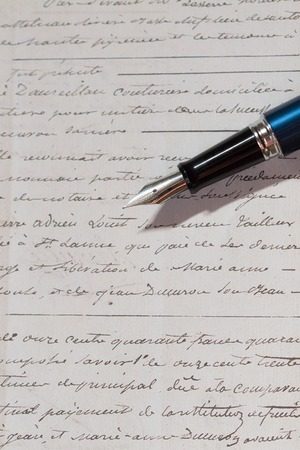 fountain pen: fountain pen and letter Stock Photo