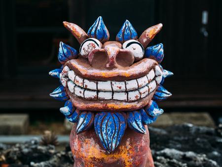 talisman: estatua de Okinawa