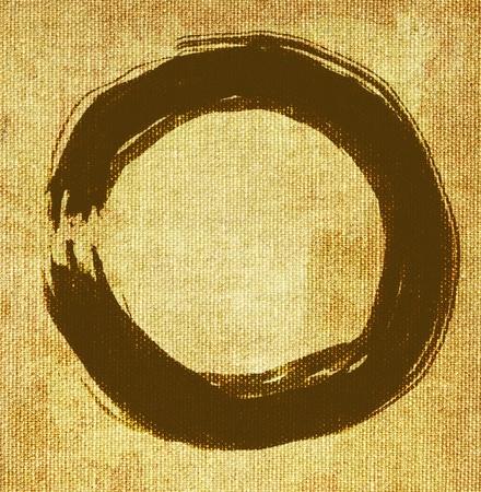 hand geschilderd zen cirkel op canvas achtergrond
