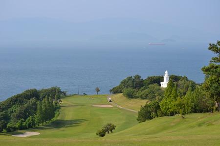 ゴルフ コースと青い空
