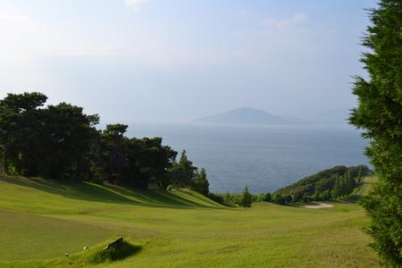 ゴルフ コースと青い空 写真素材 - 29873429