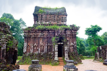 temple in cloudy weather, Vietnam Banco de Imagens