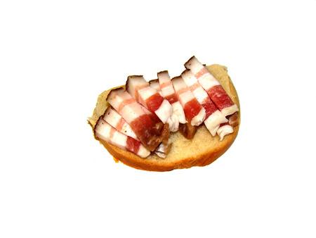 pancetta cubetti: pancetta tagliata a dadini, sdraiato sul pane come un panino