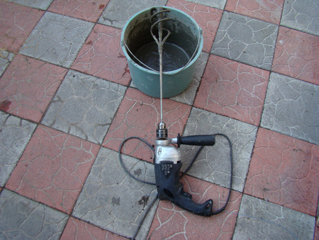 dub: preparation of mortar for applying a reinforcing layer on the wall