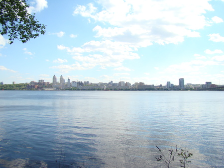 dnepr: Dnepropetrovsk view of the right Bank of the city across the Dnepr river