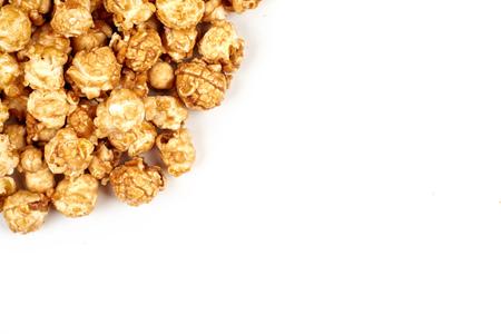 caramel popcorn on white background Imagens