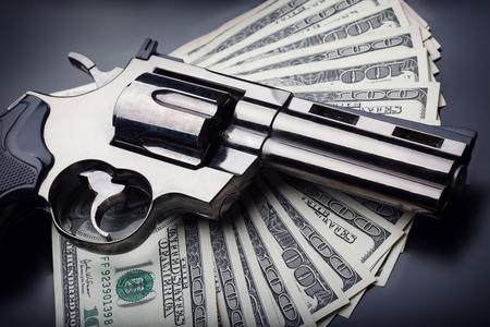 stickup: Gun and money